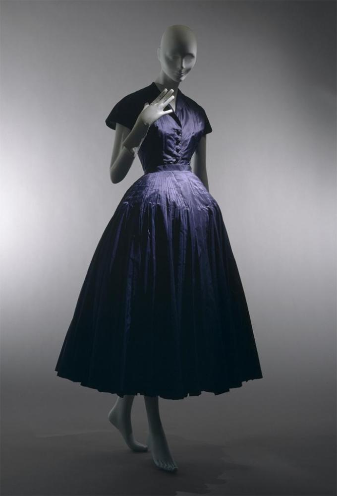 Christian Dior and Charles James (1/6)
