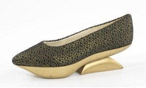 Levine, Beth. Kabuki, ca. 1965. Silk, metallic, and wood shoe with a cantilevered heel. Part of the Brooklyn Museum Costume Collection at the Metropolitan Museum of Art.