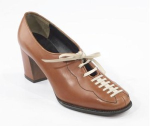 Levine, Beth. Kick Off, ca 1965. Leather upper, cuban heel with a welt sole, Size 5B. Part of the Brooklyn Museum Costume Collection at the Metropolitan Museum of Art.