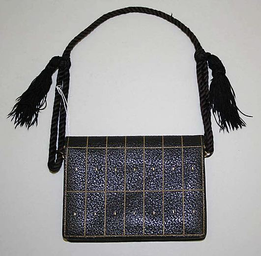 Wiener Werkstätte. Purse, around 1915. Leather, 3 1/2 in L. Accession number 1994.470 at The Metropolitan Museum of Art.