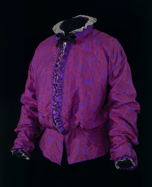Wimmer, Eduard and Ugo Zovetti. Blouse, ca. 1914. Silk satin lined with cotton and trimmed with net. Accession number T.47-2004 at The Victoria and Albert Museum.