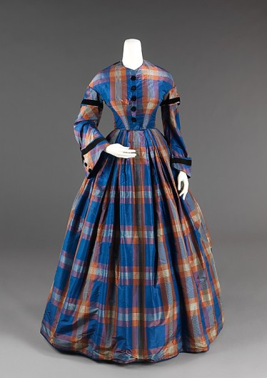 Afternoon dress, ca. 1855. The Metropolitan Museum of Art.