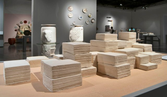 Cygler's work at the Ceramic Bianalle Photo : Leonid Padrul, © Eretz Israel Museum, Tel Aviv