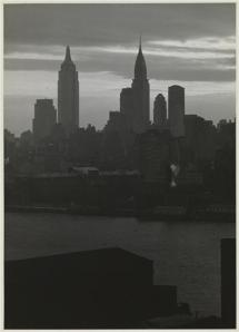 View of the New York Skyline from Brooklyn c.1930.  Samuel H. Gottscho, Midtown skyline from Brooklyn, gelatin silver print, c.1930.  The Museum of the City of New York, 88.1.5.24.