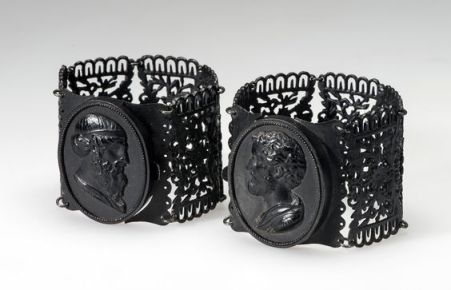 Bracelet Place of creation: Germany Date: 1830s Material: cast iron Inventory Number: ЭРРз-809, Hermitage Museum